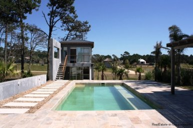 5479-Pool-of-Modern-Home-in-Jose-Ignacio