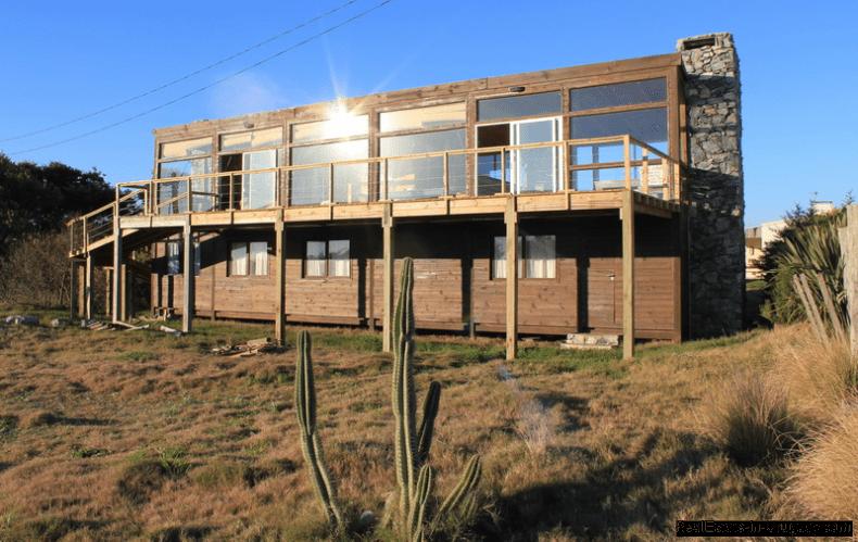 5668-Back-of-Wood-Beach-House-La-Juanita