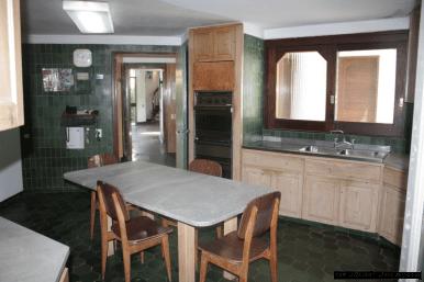 5676-Kithcen-of-Large-Family-Home-Punta-Del-Este