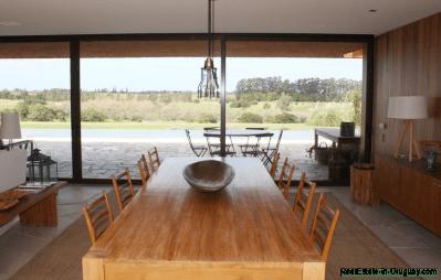5685-Dining-2-of-Amazing-Villa-in-Fasano