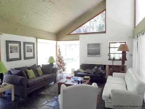 5704-Living-of-Home-in-Punta-del-Este-3