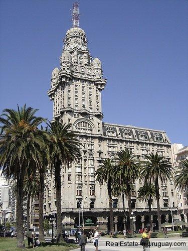 Landmark-Montevideo-Uruguay
