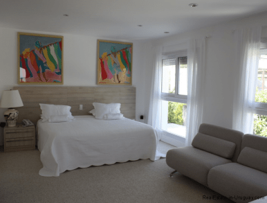 5045-Beach-House-La-Barra-Bedroom3