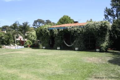 5721-Home-in-Beverly-Hills-Punta-del-Este-Home-in-Beverly-Hills-Punta-del-Este-Back-Yard2