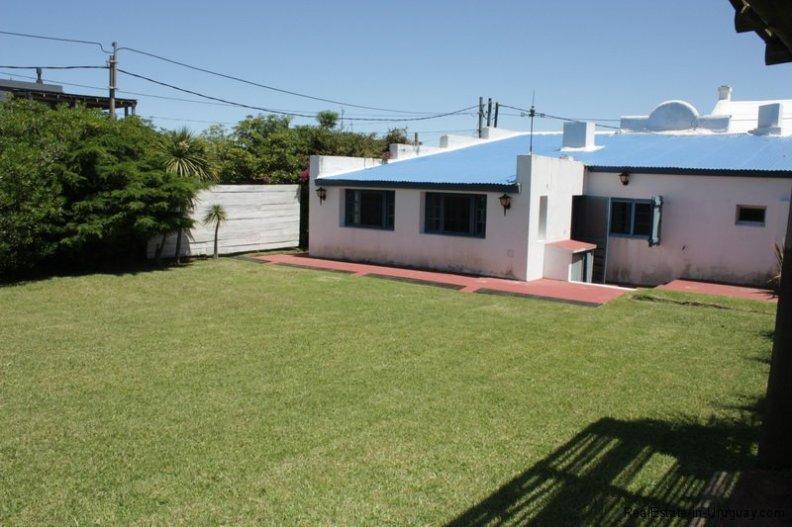 5726-Back-of-House-in-Jose-Ignacio-Village