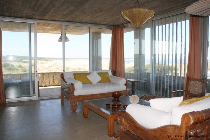 5768-Large-Sea-View-Home-Jose-Ignacio-Living-Room-Upstairs2