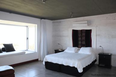 5774-Beach-House-close-to-Jose-Ignacio-Master-Bedroom