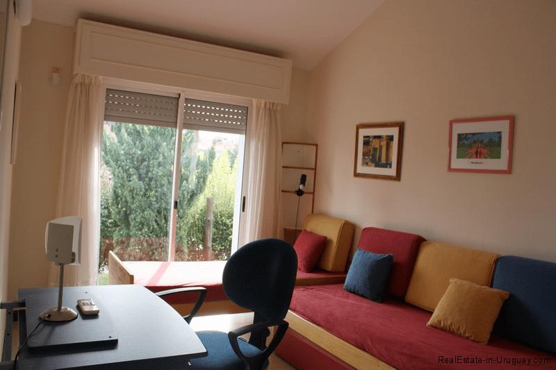 5785-Home-Mansa-Side-Punta-del-Este-Office