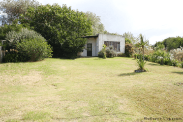 Land with small Casita in El Chorro