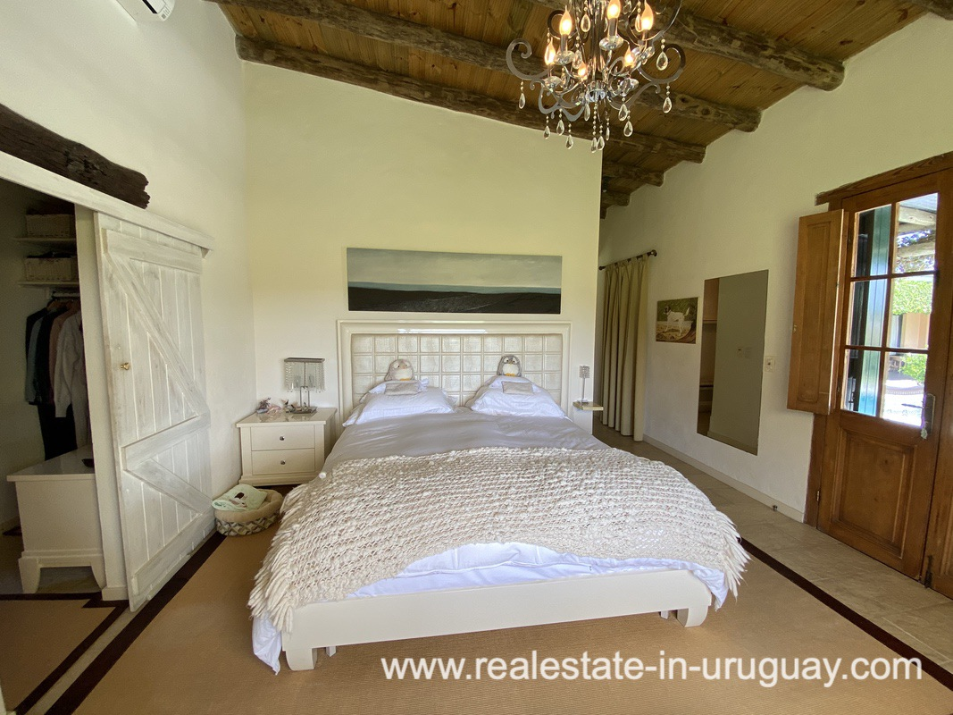 Exclusive living in an Equestrian Place in Uruguay