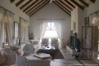 Estancia in Jose Ignacio - Living Room