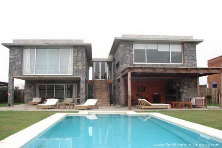 Modern Beach House Club del Mar - House with Pool