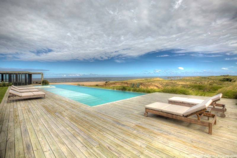 Spectacular Beach Villa near Jose Ignacio