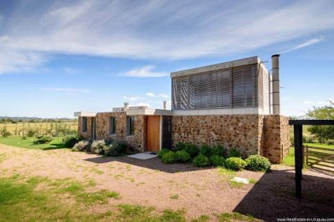 Top Modernist Home with Amazing Country Views