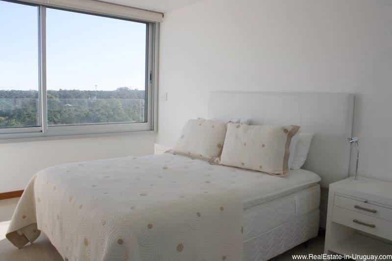 Large Modern Apartment in Punta del Este
