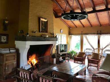 6270 6 Charming Farm on 9 Hectares near Punta del Este - Fireplace