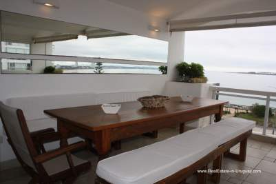 Special Penthouse Apartment with large Terrace on Mansa in Punta del Este