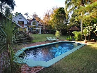 Magnificent Villa in El Golf in Punta del Este