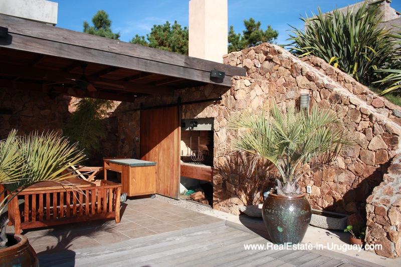 BBQ of Ocean Frontline Home in Punta Ballena near Punta del Este