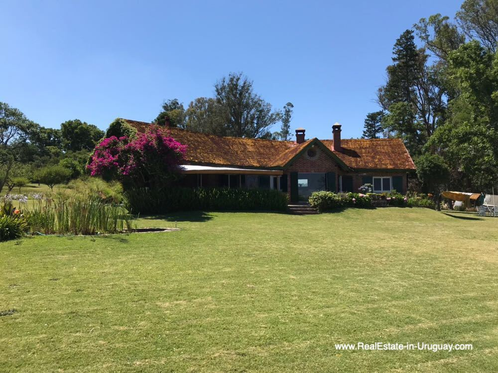 House of One of the Best Spots on Laguna del Sauce by Punta Ballena
