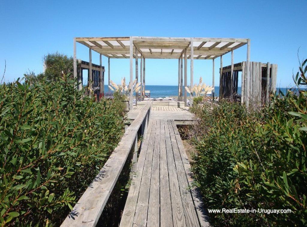 Beach Walkway House on the Beach near Punta Ballena
