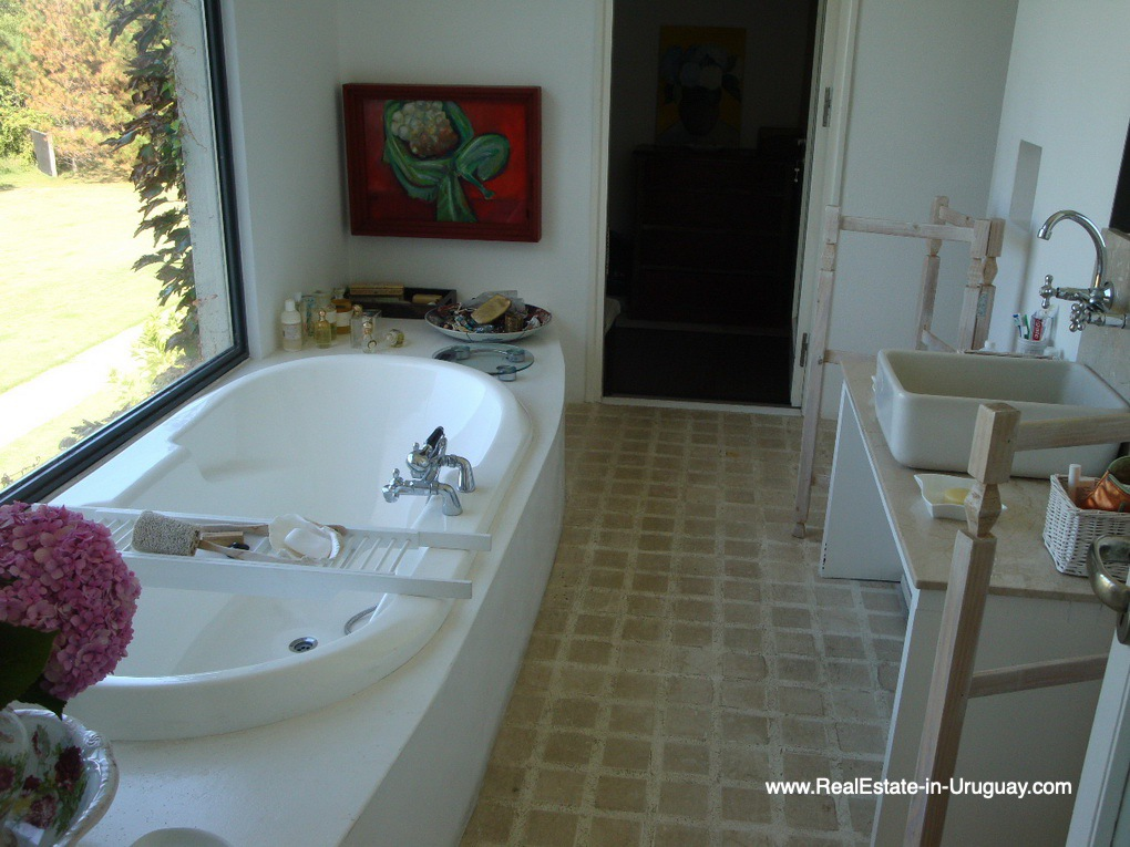 Master Bathroom of House on the Beach near Punta Ballena