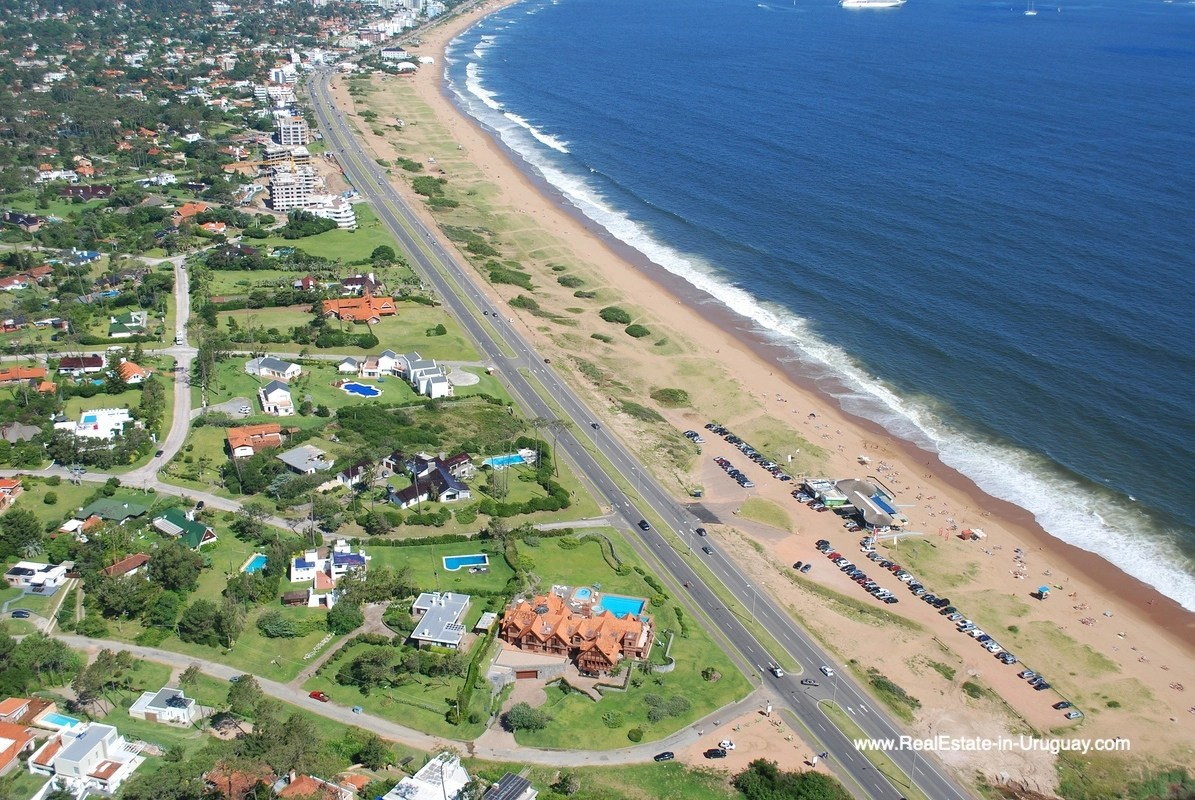 View form the Air Frontline Estate on the Mansa Beach 6492 Frontline Estate on the Mansa Beach in Punta del Este