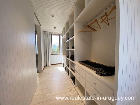 Master closet of Frontline Beach Home in San Antonio close to La Pedrera in Rocha with Sea Views