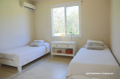6500 Country House in Jose Ignacio with Lagoon Views - Main House Guest Bedroom