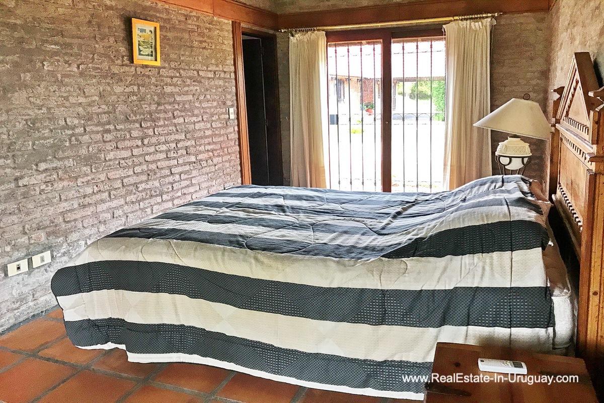 Guest Bedroom of Estancia along the Jose Ignacio River