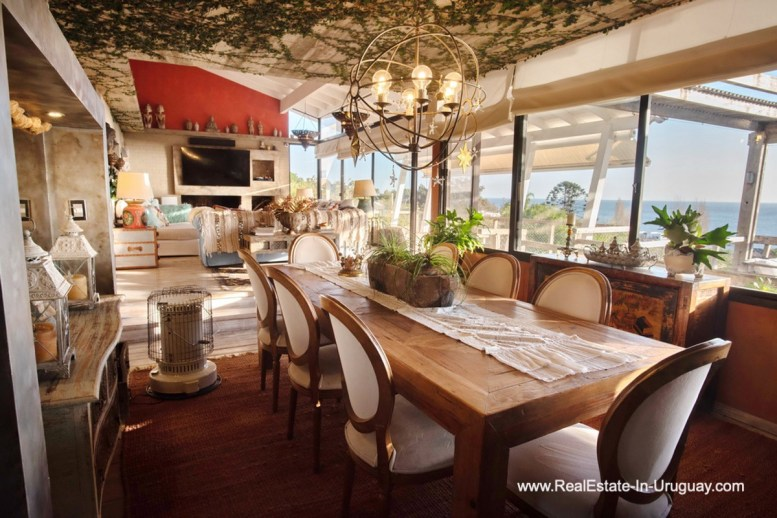 Dining of House on a Double Lot with Sea Views in Punta Ballena