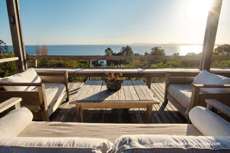 Terrace of House on a Double Lot with Sea Views in Punta Ballena