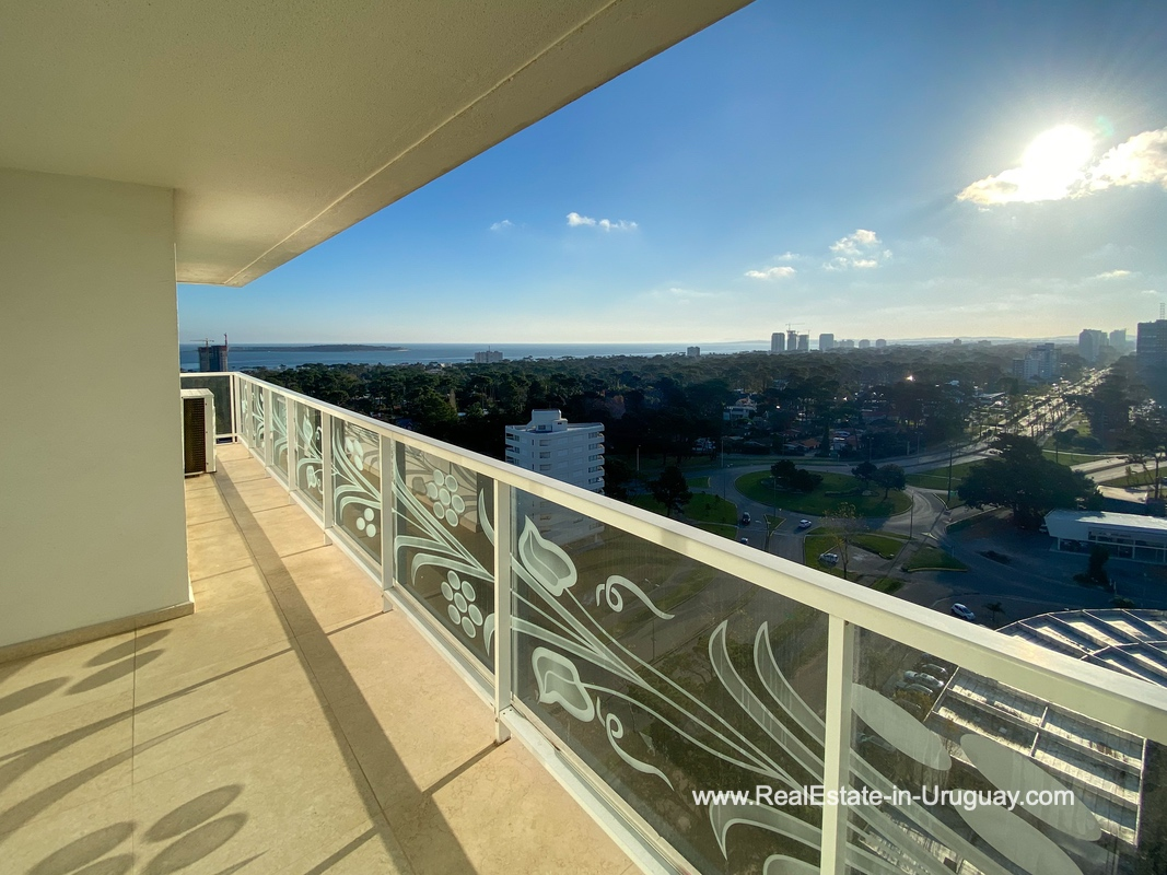 Terrace of YOO Apartment on a High Floor with Ocean Views in Punta del Este
