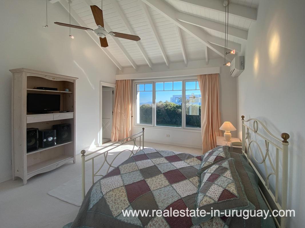 Guestsuite 3 of Large Oceanfront Villa in Punta Ballena