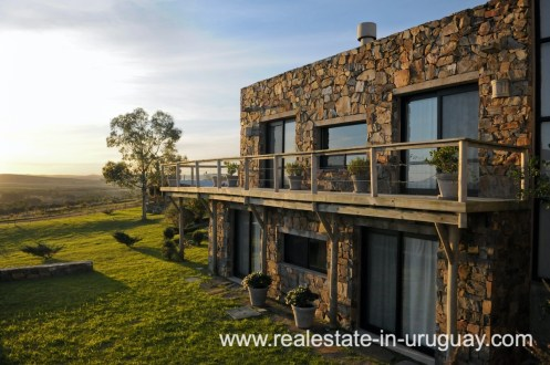 House of Spectacular Farm situated on a Hill by Laguna del Sauce