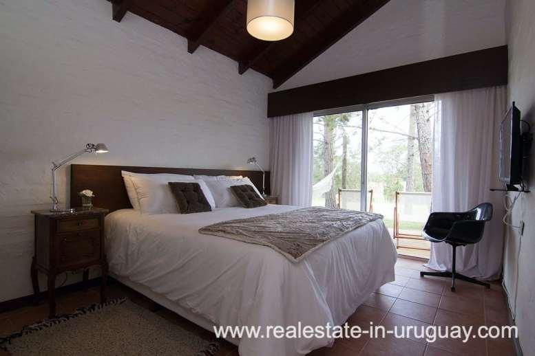 6497 Countryside Property between Jose Ignacio and Garzon - Bedroom