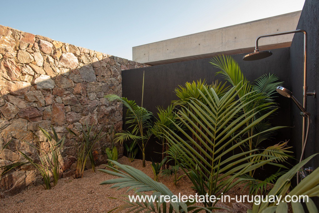 Shower of Modern and Style combined with Country Views in Pueblo Mio by Manantiales