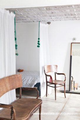 Guestbedroom Cute Little House in Trendy Gourmet Town Garzon