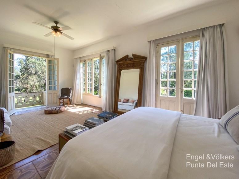 4925 Italian Villa in EL Golf Punta del Este - Guest Bedroom