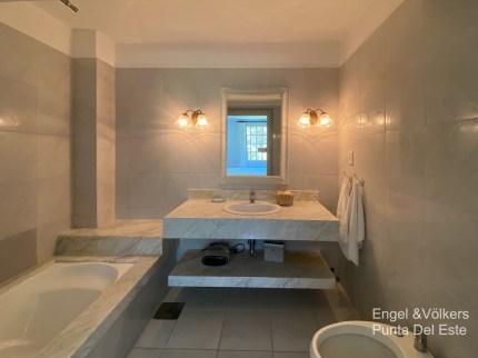 4925 Italian Villa in EL Golf Punta del Este - Guest bathroom7