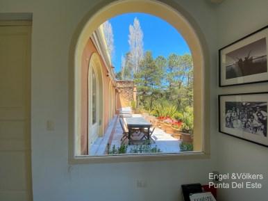4925 Italian Villa in EL Golf Punta del Este - Window