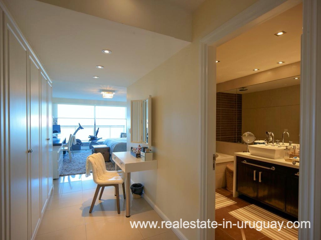 Bathroom of Penthouse near the Peninsula in Punta del Este