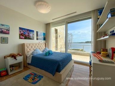 6854 Modern House on Laguna del Sauce - Bedroom5