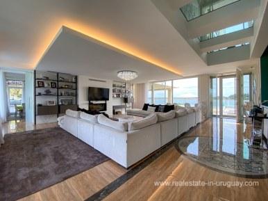 6854 Modern House on Laguna del Sauce - Living Room2