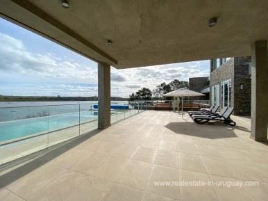 6854 Modern House on Laguna del Sauce - Pool and Deck