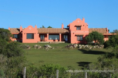House of Amazing Country Property between Pueblo Eden and Minas