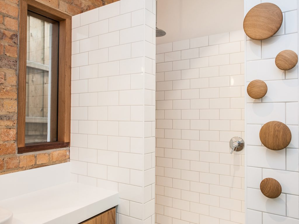 how to clean bathroom tile grout until