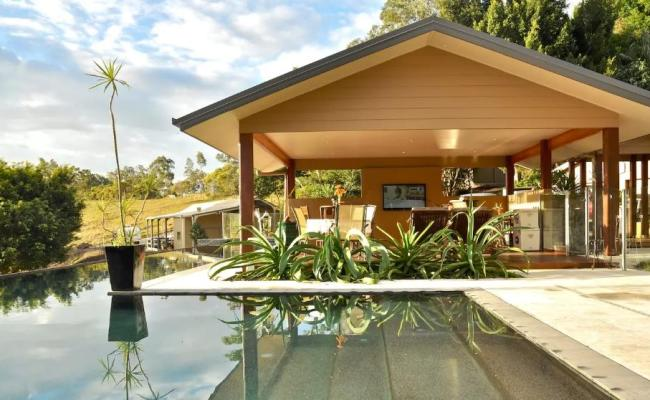 Gold Coast Villa Is Australia S Most Popular Airbnb