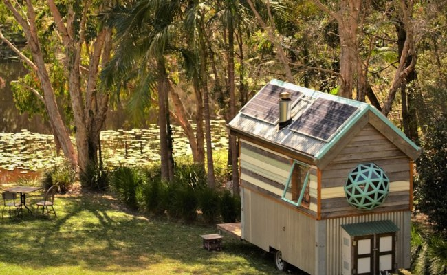 This Off Grid Tiny House Cost Under 10k To Build
