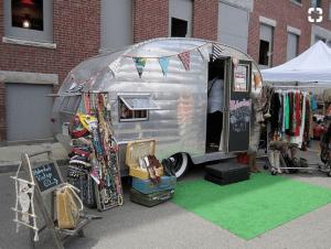 Mobile Vintage Clothing shop